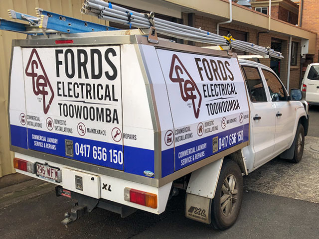Fords Electrical Toowoomba work vehicle on site